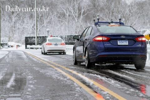 ford self driving in snow 출처=autoconnctedcar