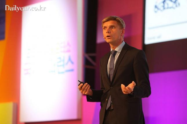 서울모터쇼 국제 컨퍼런스(스벤 베이커 교수)