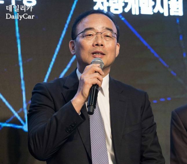 신영식 쌍용차 마케팅본부장