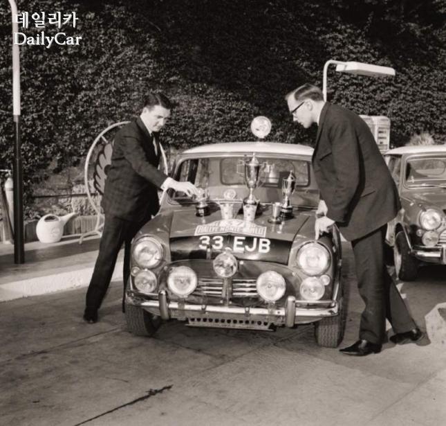 MINI 1964년 몬테카를로 랠리 우승