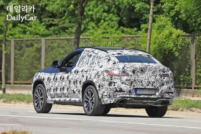 BMW, 신형 X4 스파이샷 (출처 오토에볼루션)