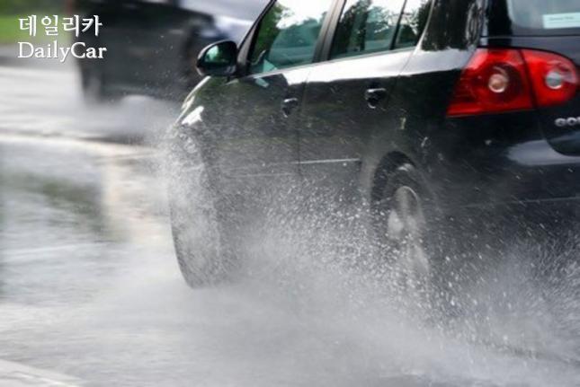 장마철 빗길 안전운전