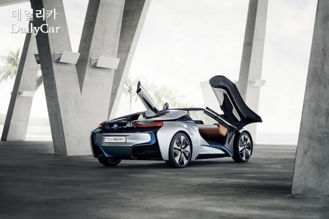 BMW i8 스파이더