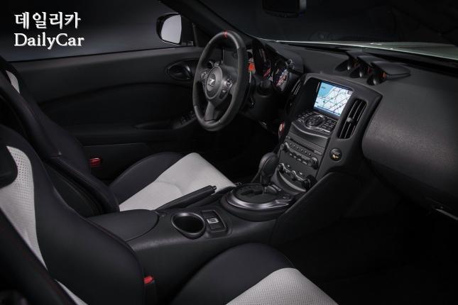 닛산, 370Z 니즈모 로드스터 (출처 오토에볼루션)
