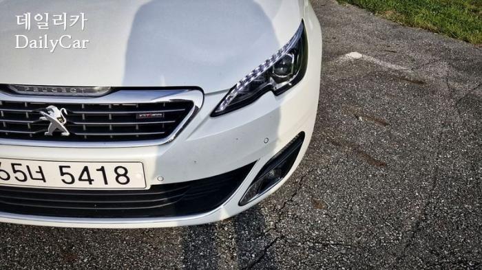 푸조 308 GT Line