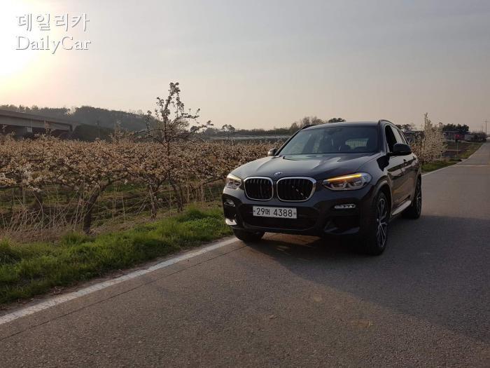 BMW X3 xDrive 30d M 스포츠 패키지