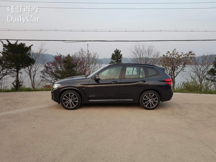 BMW X3 xDrive 30d M 스포츠 패키지 (예산 예당저수지)