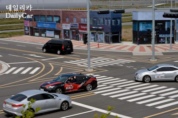 현대모비스 서산주행시험장 (엠빌리 자율주행차)