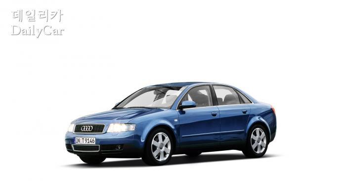 아우디 A4 6세대 (Audi A4 B6)