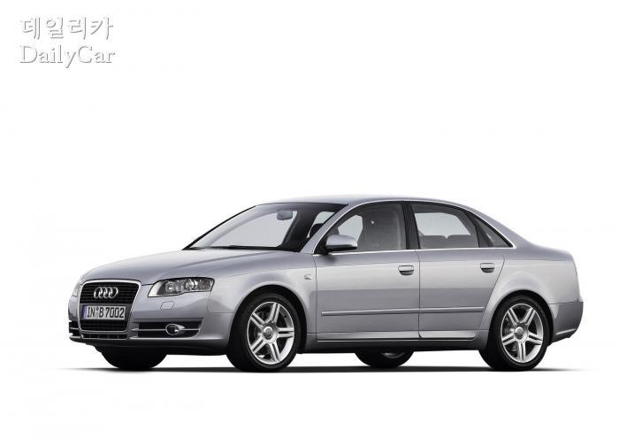 아우디 A4 7세대 (Audi A4 B7)