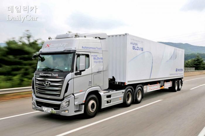 현대차 엑시언트 (대형트럭 자율주행 성공)