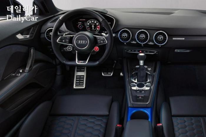 아우디, 2019년형 TT RS (출처 아우디)