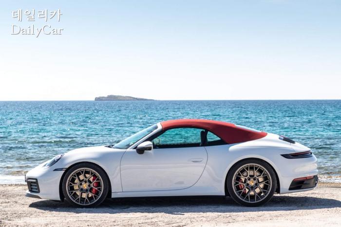 포르쉐, 911 카레라 4S 카브리올레