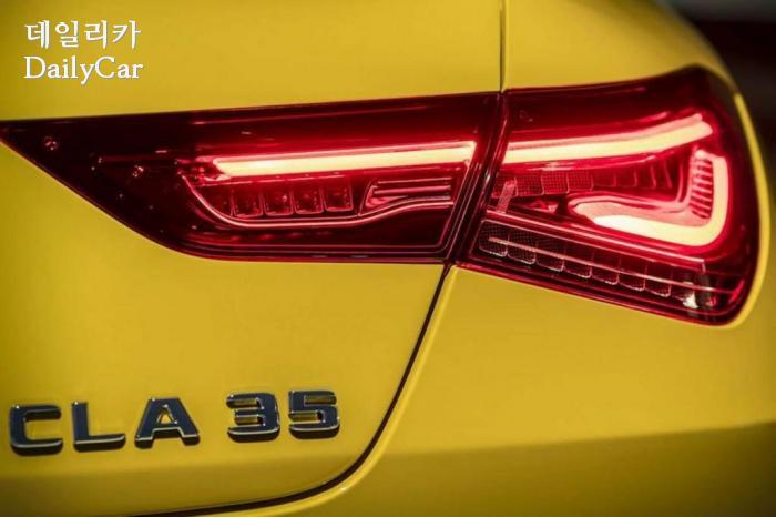 메르세데스-AMG, 2019 CLA 35 티저 (출처 메르세데스)