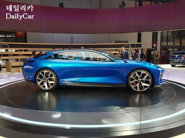 중국차 쿠오로스 QOROS 콘셉트카 마일Ⅱ MILE Ⅱ @2019 상하이모터쇼