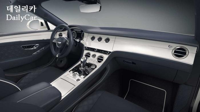 벤틀리, ′컨티넨탈 GT 컨버터블 바바리아 에디션′ (출처 벤틀리)