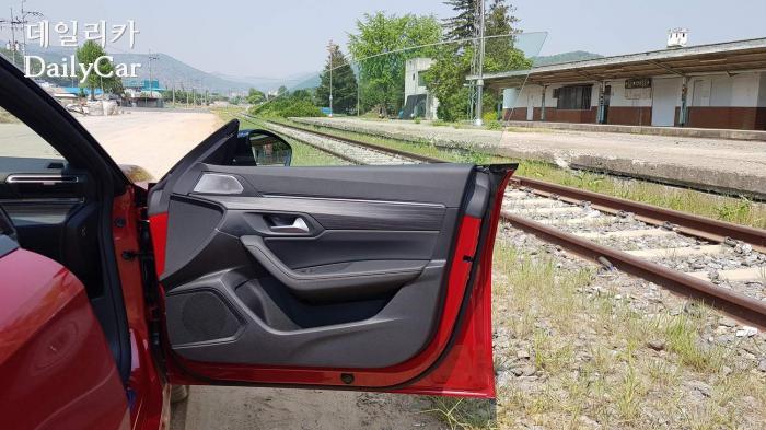 푸조 508 GT