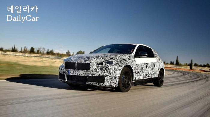 BMW, 2019년형 1시리즈 스파이샷 (출처 BMW)