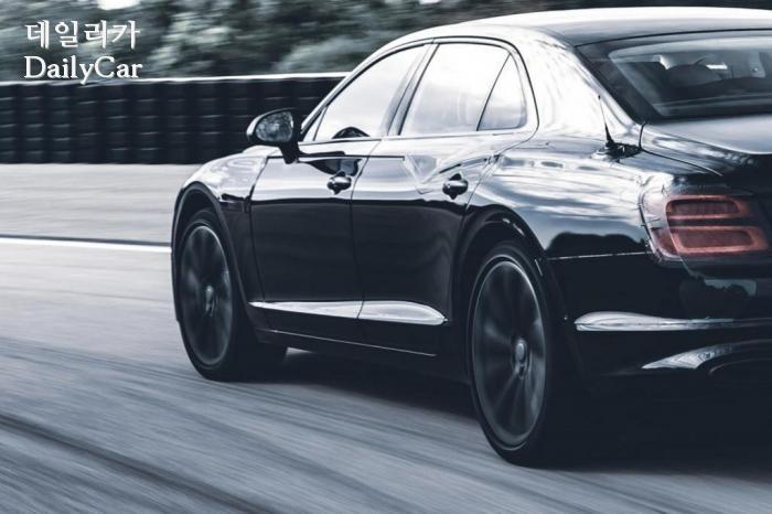 벤틀리, ′2020년형 제3세대 신형 플라잉스퍼′ (출처 벤틀리)