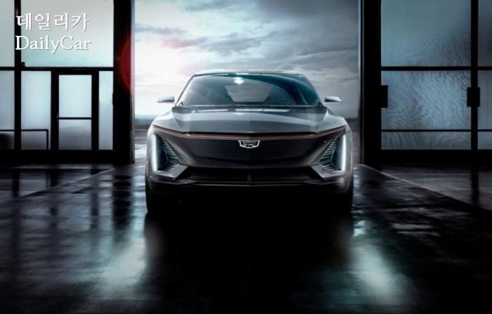 캐딜락이 디트로이트에서 공개할 전기차 콘셉트.