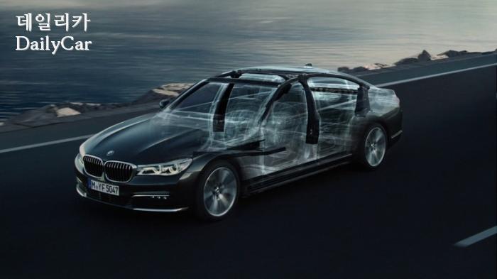 BMW, 카본코어 (7시리즈)