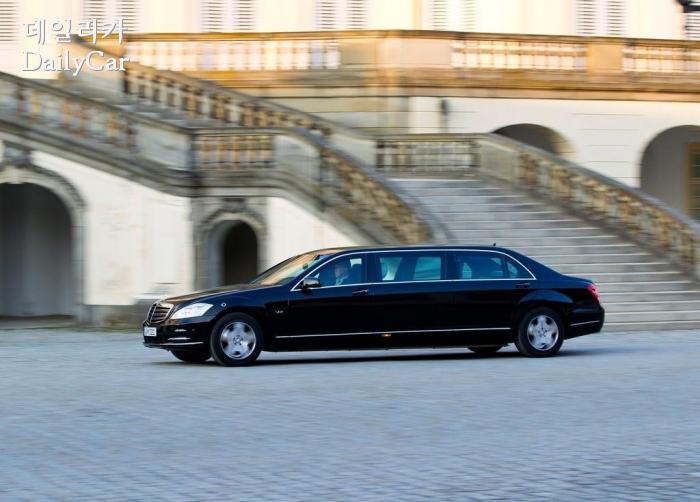 김정은 위원장이 이용 중인 차량과 동일한 메르세데스-벤츠 S600 풀만 가드 (제공: 다임러)