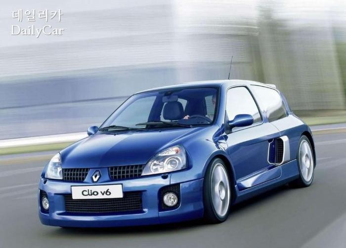 르노, 클리오 V6