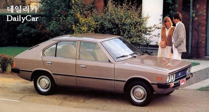 포니 (1975-1982) (쥬지아로의 디자인, 국내 첫 고유 모델)