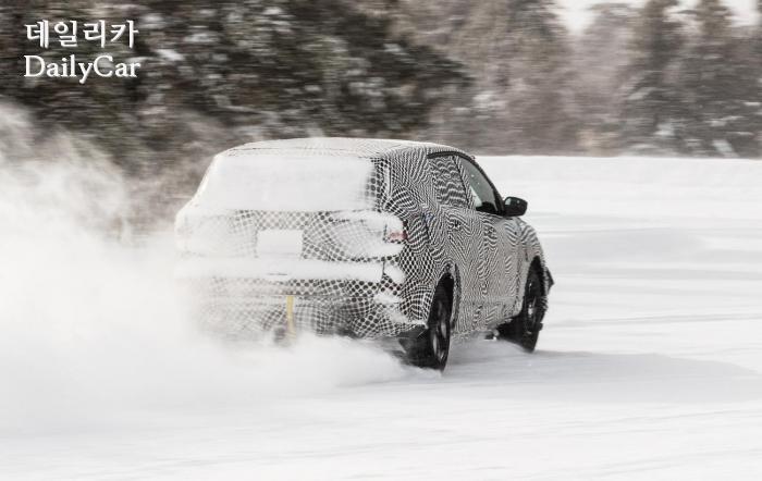 포드, 머스탱 기반 전기 SUV