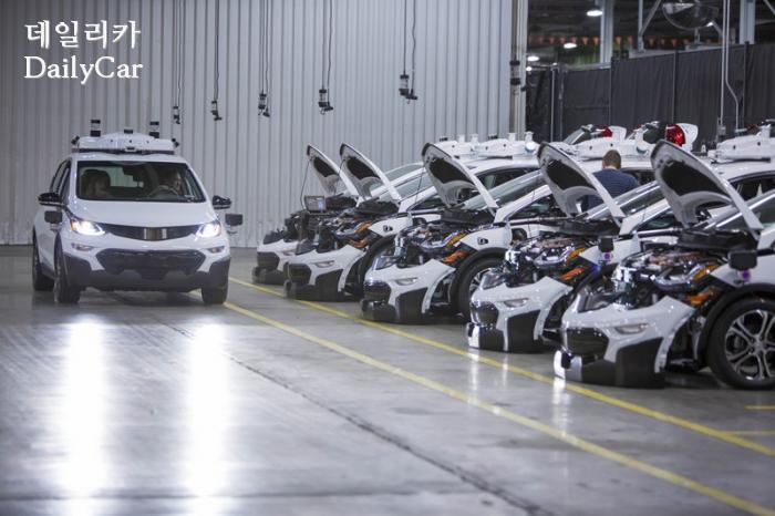 GM, 쉐보레 볼트EV 자율주행시험차 양산 성공