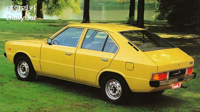 포니 (1976년에 등장한 쥬지아로 디자인의 고유모델)