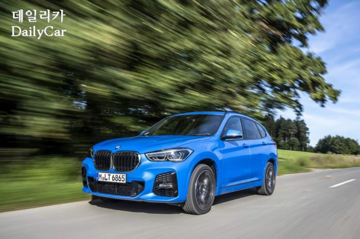 BMW, 뉴 X1 xDrive18d M Sport