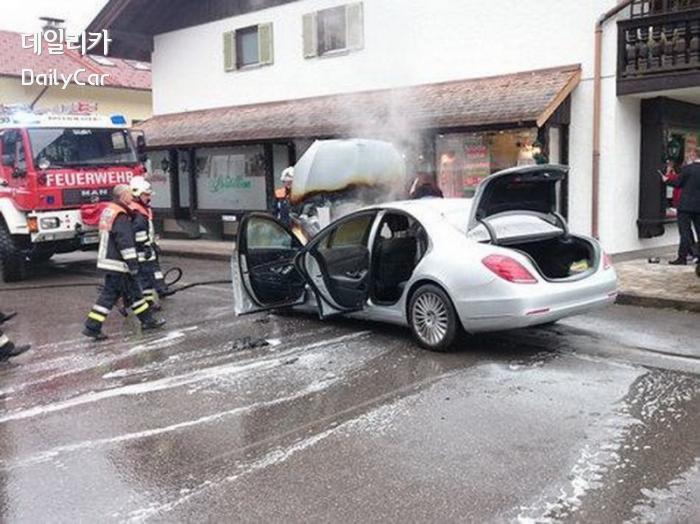 독일 남부 벤츠 S클래스 화재사고