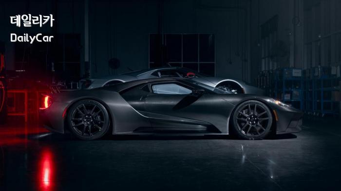 포드, 2020년형 GT 리퀴드 카본 에디션