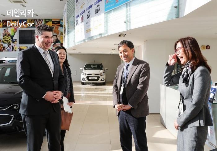 카허 카젬 한국지엠 사장, 영업네트워크 방문