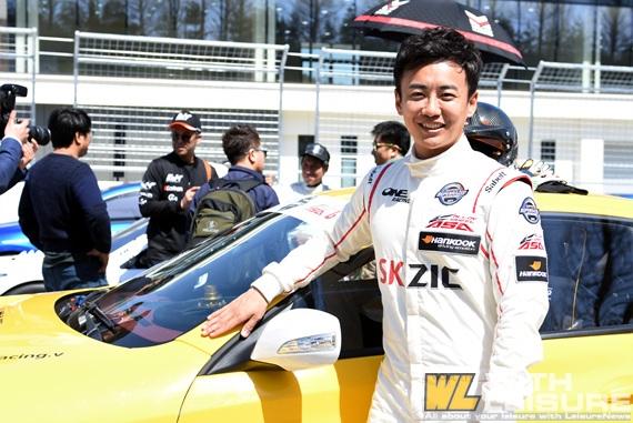 슈퍼레이스 챔피언십 GT2 원레이싱 이원일 선수_00.jpg