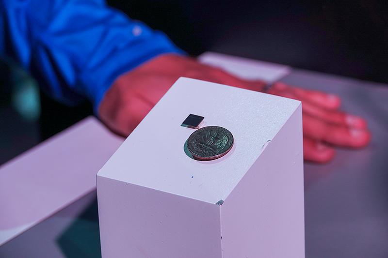 모비디우스 인공지능 칩