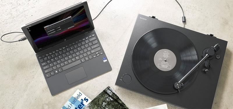 소니에서 출시한 턴테이블로, LP 음악을 디지털 파일로 저장할 수 있는 기능을 갖추고 있다(출처=소니코리아 홈페이지)
