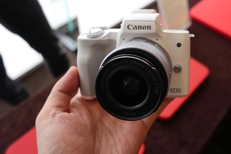 캐논 EOS M50.