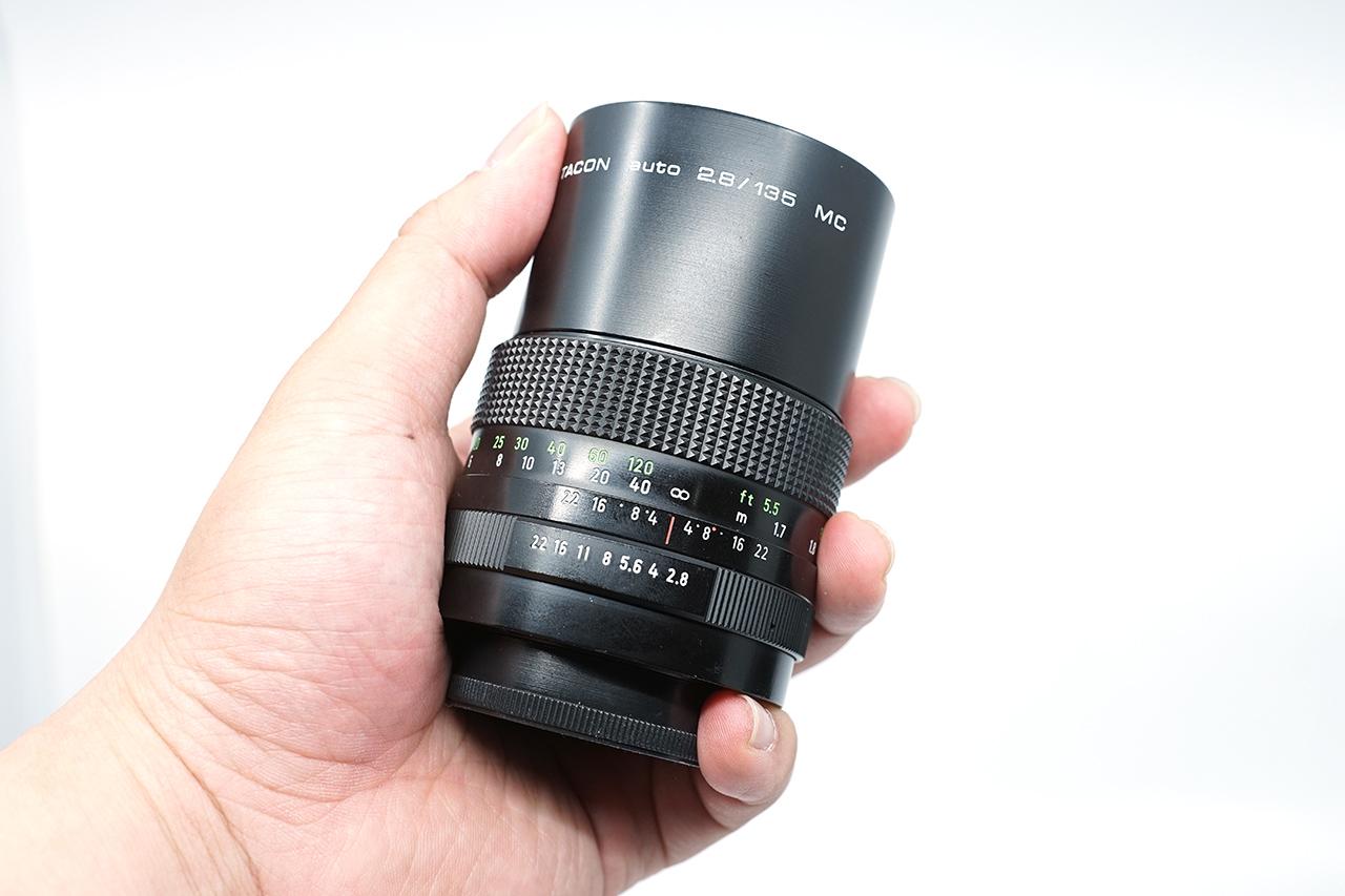 사진 관련 커뮤니티 내 중고 장터를 잘 매복하면 제법 상태 좋은 렌즈를 구할 수 있다.