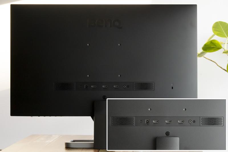 후면 입력 단자는 사무 환경에서 많이 쓰는 HDMI가 적용돼있다.