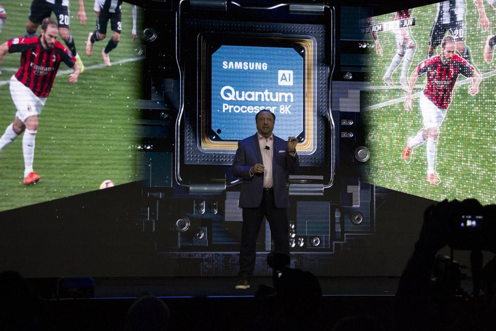 삼성 AI 퀀텀 프로세서 8K로 업스케일링 화질을 끌어올렸다고 한다.