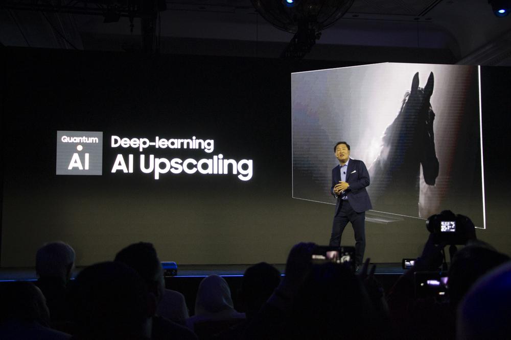 AI 딥러닝을 활용해 업스케일링 기능을 강화했다.
