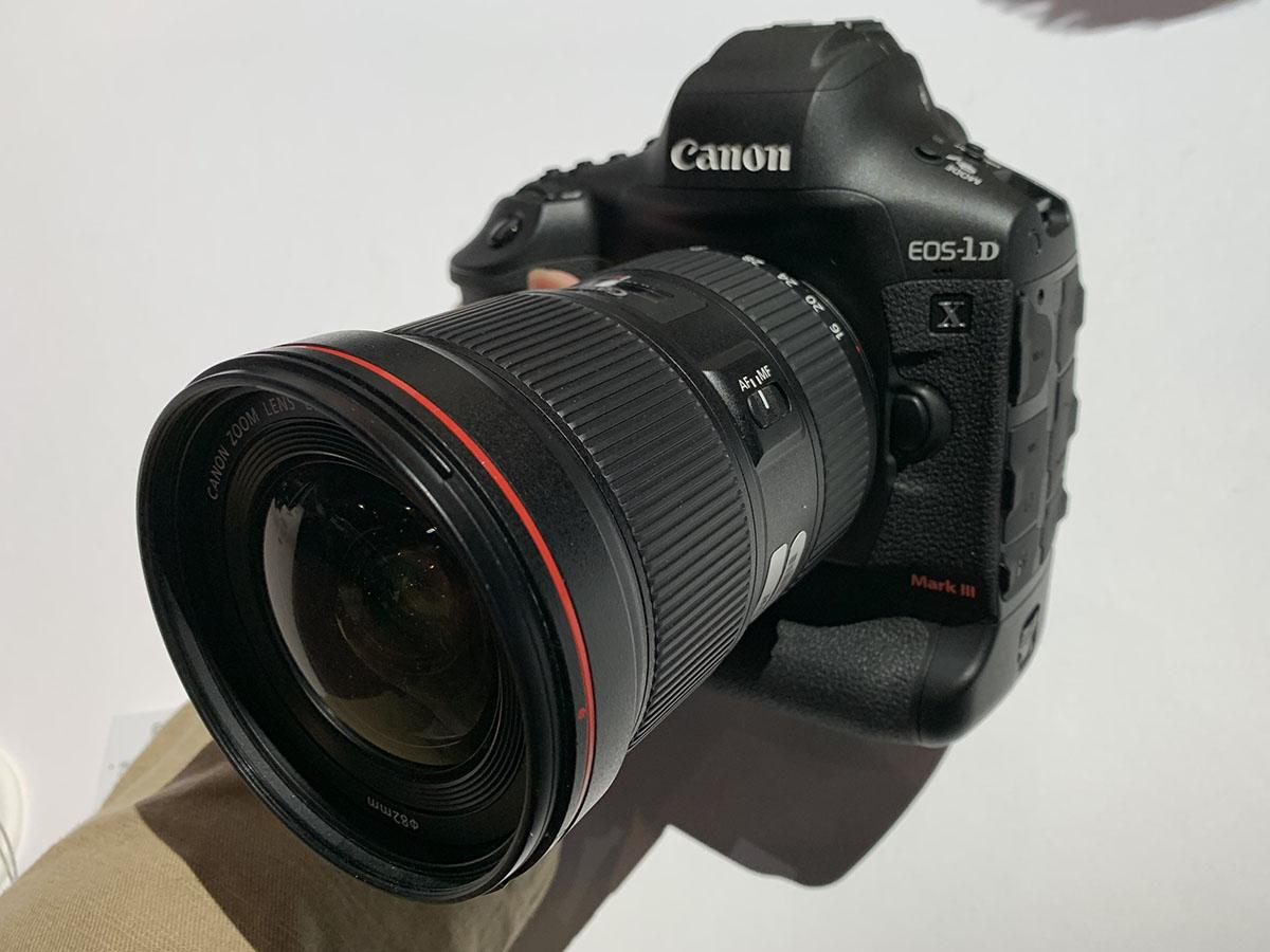 캐논 EOS-1D X 마크3.