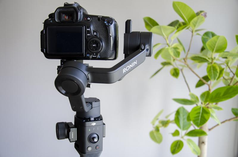 DJI 로닌SC, 짐벌은 흔들림 없는 영상 촬영을 위한 필수품이다.