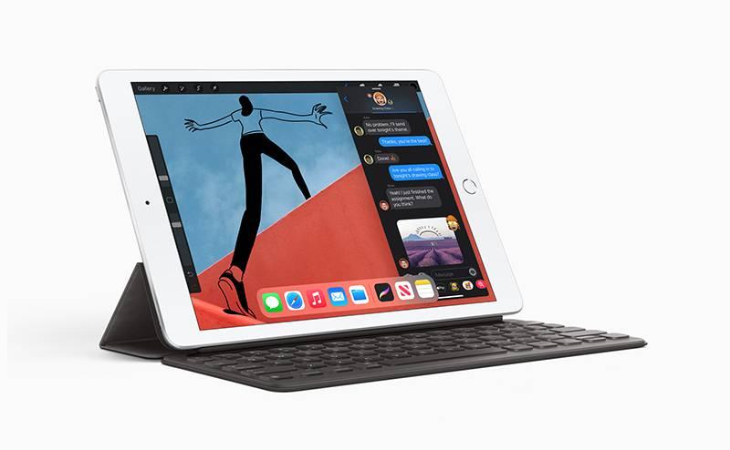 함께 공개된 애플 아이패드 8세대, 10.2형 화면을 갖추고 있다. 출처=애플코리아