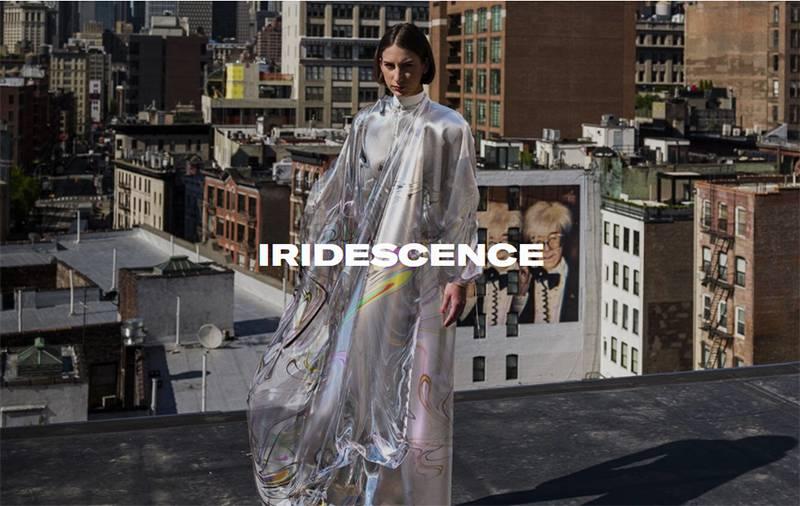 세계 최초의 NFT 드레스 'Iridescence', 비누방울의 광택을 뜻한다. 출처=The Fabricant