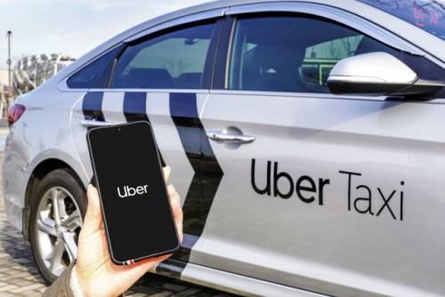 우버 택시, 출처: 우버