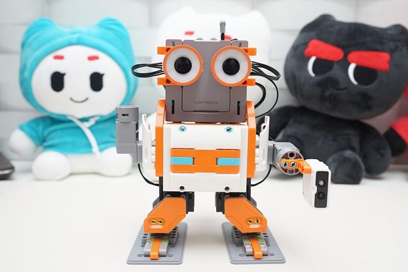 유비테크 로보틱스 지무 애스트로봇