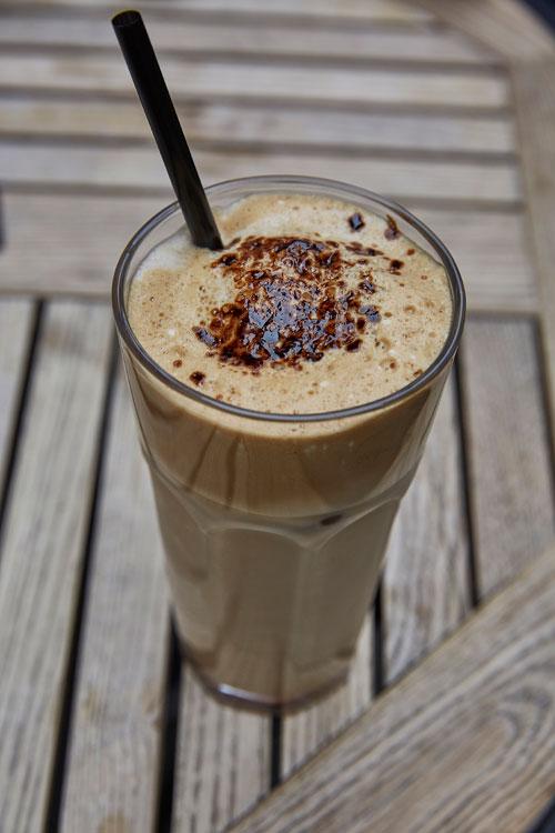 코소보인들의 커피 사랑은 유별나다. 도시마다 카페도 엄청나게 많다